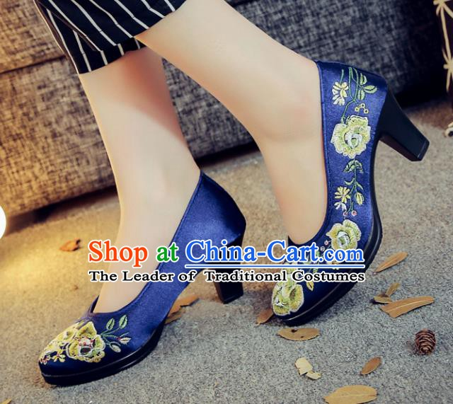 Traditional Chinese National Hanfu Royalblue Embroidered Shoes, China Princess Embroidery Peony High-heeled Shoes for Women