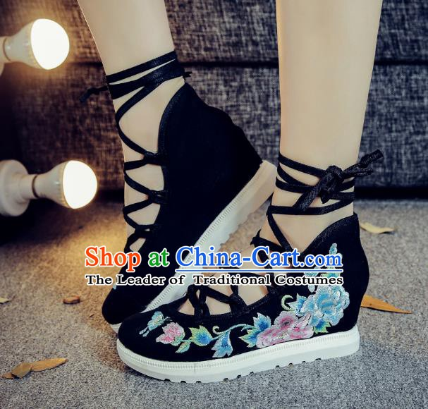 Traditional Chinese National Hanfu Black Embroidered Shoes, China Princess Embroidery Peony Shoes for Women