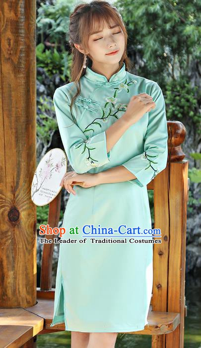 Traditional Chinese National Costume Hanfu Green Embroidered Qipao Dress, China Tang Suit Cheongsam for Women