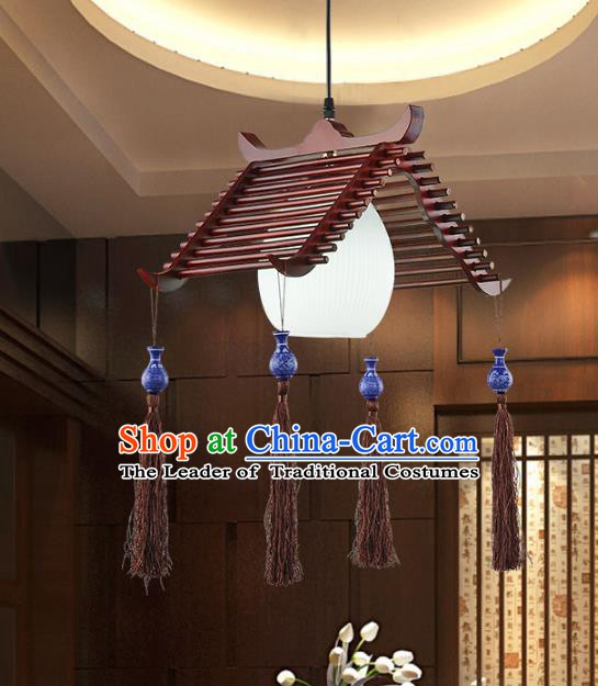 Traditional Chinese Handmade Wood Palace Lantern China Ceiling Palace Lamp