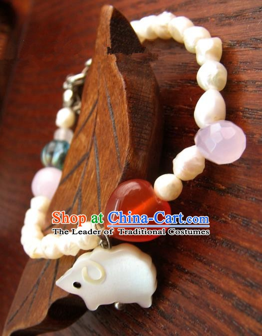 Traditional Handmade Chinese Ancient Classical Accessories Shell Pearls Bracelets for Women