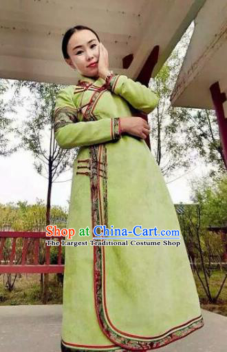 Chinese Mongol Minority Ethnic Costume Traditional Green Mongolian Robe for Women