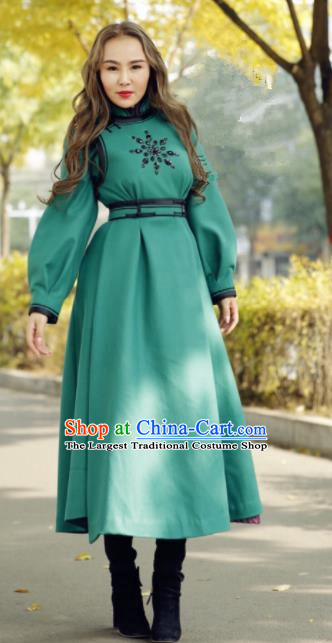 Chinese Traditional Mongol Minority Ethnic Costume Green Wool Mongolian Robe for Women