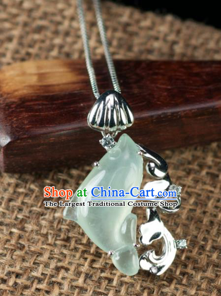 Chinese Traditional Jade Jewelry Accessories Ancient Hanfu Jadeite Dolphin Necklace for Women