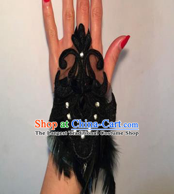 Top Grade Halloween Catwalks Wristlet Accessories Brazilian Carnival Black Feather Bracelet for Women