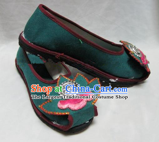 Asian Chinese Traditional Hanfu Shoes Green Lotus Canvas Shoes Embroidered Shoes for Women
