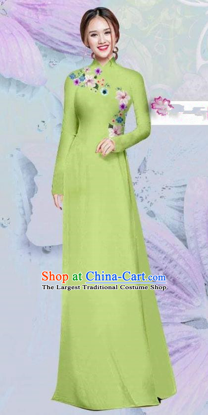 Asian Vietnam Traditional Cheongsam Vietnamese Classical Light Green Ao Dai Qipao Dress for Women