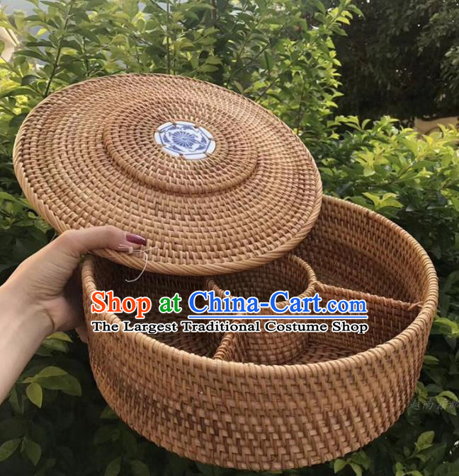 Asian Vietnamese Traditional Rattan Craft Artware Straw Plaited Round Storage Box