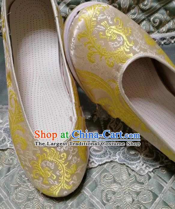 Chinese Traditional Hanfu Shoes Golden Embroidered Shoes Handmade Cloth Shoes for Women