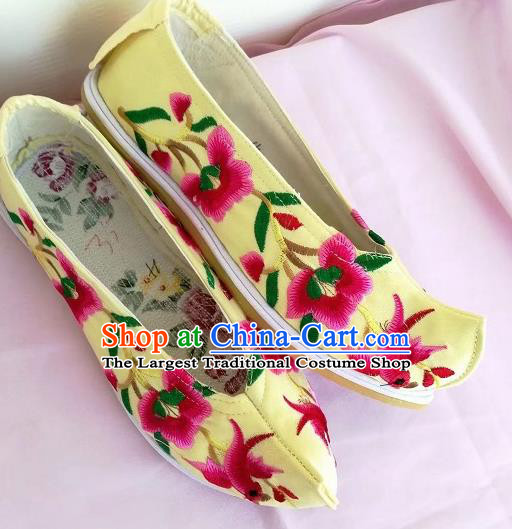 Chinese Traditional Hanfu Yellow Shoes Embroidered Shoes Handmade Cloth Shoes for Women