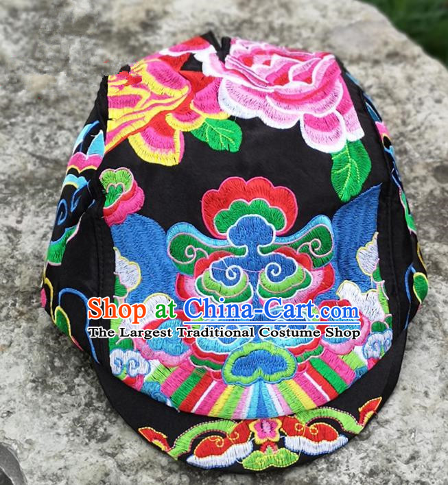 Chinese Traditional Embroidered Yunnan Dai Minority Black Cap for Women