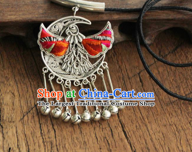 Chinese Traditional Yunnan Miao Minority Red Embroidered Necklace Ethnic Bells Tassel Accessories for Women
