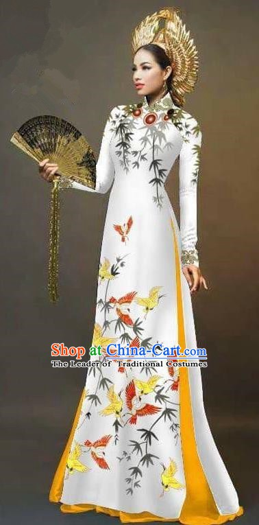 Asian Vietnam National Costume Vietnamese Trational Dress Printing Bamboo Birds White Ao Dai Cheongsam for Women