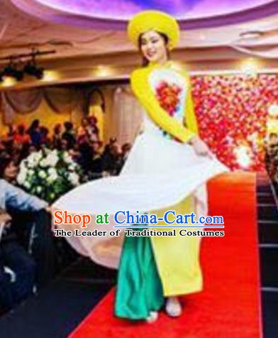 Asian Vietnam Costume Vietnamese Bride Trational Stage Performance Yellow Ao Dai Cheongsam Dress for Women