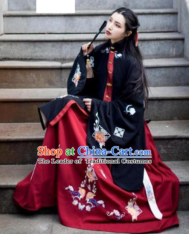 China Ancient Ming Dynasty Palace Princess Costume Embroidered Long Blouse and Skirt for Women