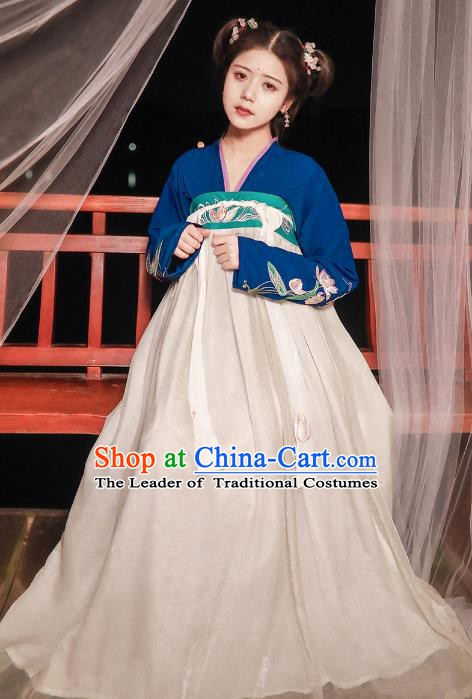 China Ancient Tang Dynasty Nobility Lady Embroidered Dress Costume for Women