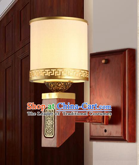 China Handmade Palace Lanterns Wood Wall Lantern Ancient Lanterns Traditional Lamp