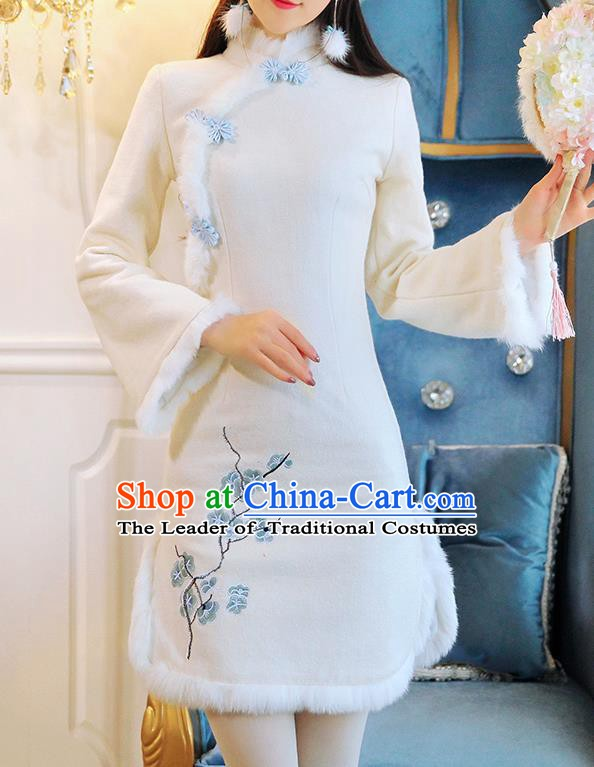 Chinese National Tangsuit Embroidered White Cotton Wadded Qipao Dress Cheongsam Clothing for Women