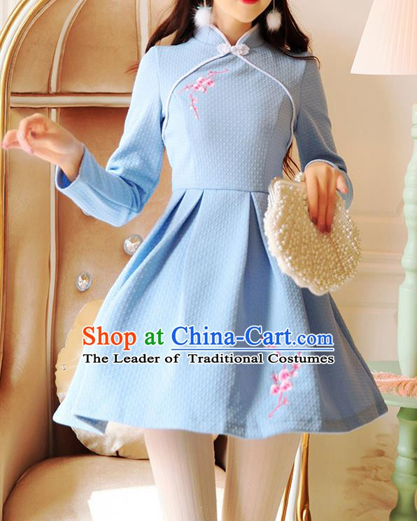 Traditional Chinese National Embroidered Blue Dress Tangsuit Cheongsam Clothing for Women