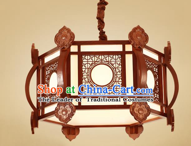 China Traditional Handmade Ancient Lantern Palace Wood Hanging Lanterns Ceiling Lamp