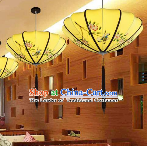 Traditional China Handmade Printing Flowers Yellow Lantern Ancient New Year Hanging Lanterns Palace Ceiling Lamp