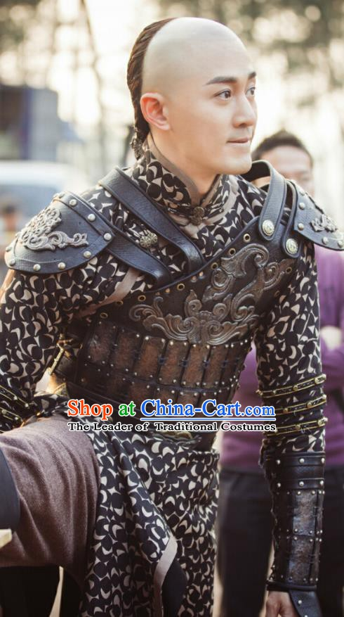 Chinese Qing Dynasty Emperor Hong Taiji Historical Costume China Ancient Armour Clothing