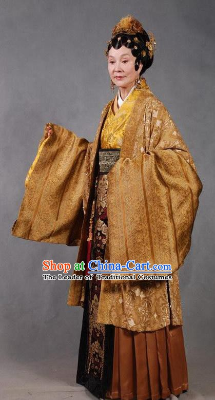 Chinese Ancient Novel Character A Dream in Red Mansions Dowager Madam Wang Costume for Women