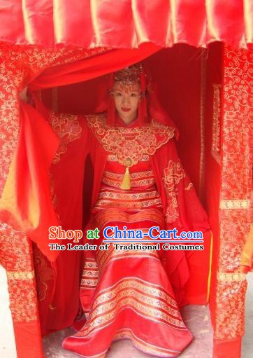 Chinese Ancient Ming Dynasty Wedding Dress Embroidered Bride Replica Costume for Women