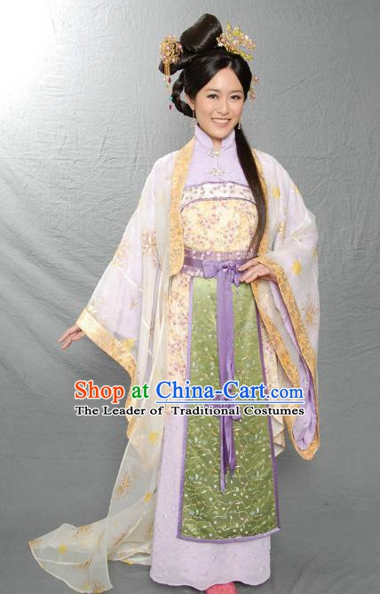 Ancient Chinese Ming Dynasty Imperial Empress of Zhu Yunwen Embroidered Historical Costume Palace Replica Costume for Women