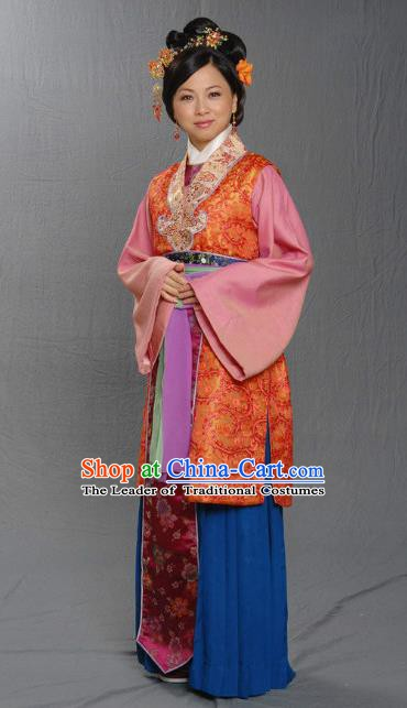 Chinese Ancient Ming Dynasty Countess Embroidered Dress Costume for Women