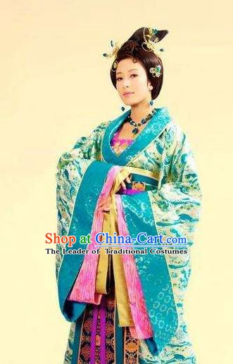 Chinese Ancient Ming Dynasty Imperial Concubine Wan Embroidered Dress Costume for Women