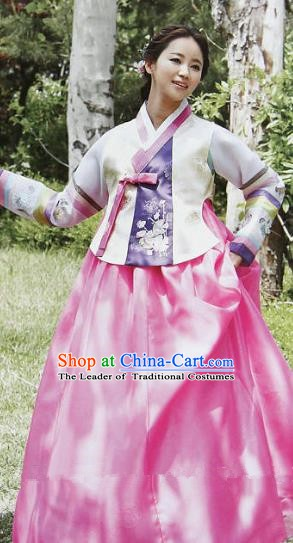 Top Grade Korean Hanbok Ancient Traditional Fashion Apparel Costumes White Blouse and Rosy Dress for Women