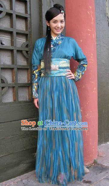 Chinese Ancient Song Dynasty Princess Embroidered Dress Swordswoman Replica Costume for Women