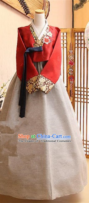 Korean Traditional Tang Garment Hanbok Formal Occasions Red Blouse and Grey Dress Ancient Costumes for Women
