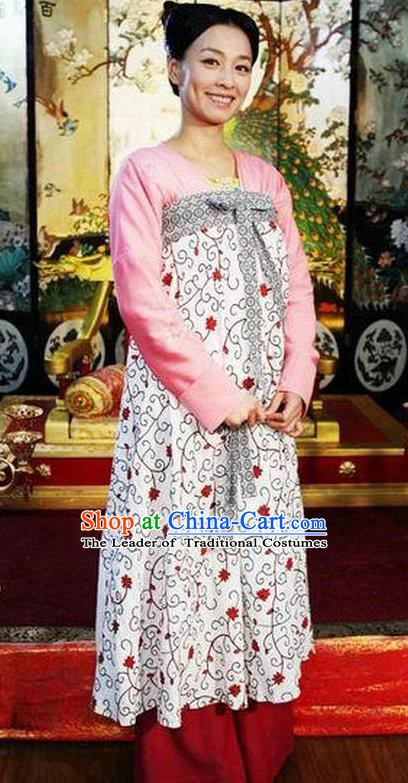 Chinese Ancient Tang Dynasty Court Maid Wu Meiniang Embroidered Historical Costume for Women