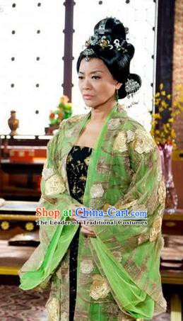 Chinese Ancient Tang Dynasty Princess Consort Embroidered Dress Historical Costume for Women