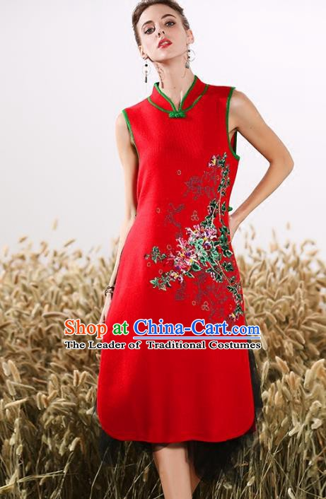 Chinese National Costume Embroidered Stand Collar Cheongsam Vintage Red Qipao Dress for Women