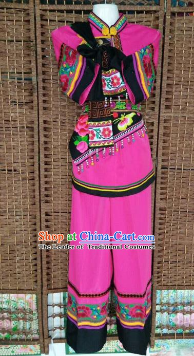 Traditional Chinese Yi Nationality Pink Costume China Bai Ethnic Minority Embroidered Clothing for Women