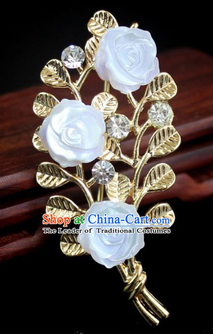 Chinese Ancient Handmade Brooch Accessories Golden Leaf Breastpin for Women