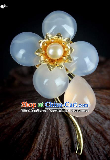 Chinese Ancient Handmade Accessories Jade Chalcedony Brooch for Women
