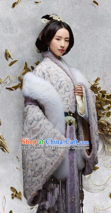 Chinese Eastern Han Dynasty Empress Tang Hanfu Dress Ancient Queen Replica Costume for Women