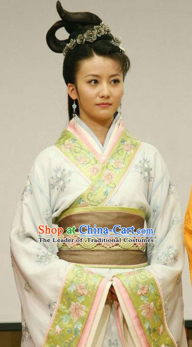 Traditional China Warring States Period Wu State Imperial Consort Zheng Embroidered Replica Costume for Women