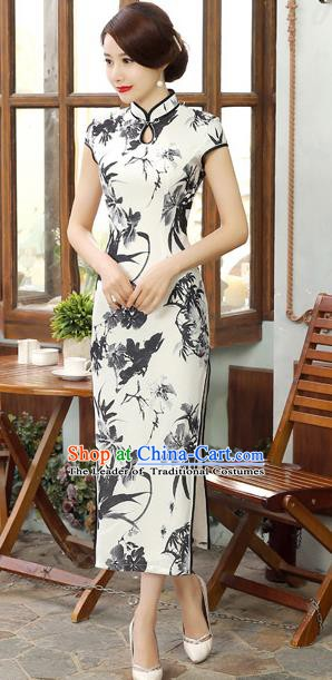 Chinese Traditional Elegant Ink Painting Orchid Cheongsam National Costume Silk Qipao Dress for Women