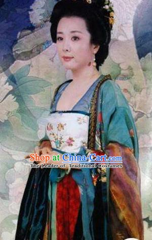 Ancient Chinese Tang Dynasty Princess Guangde Embroidered Replica Costume for Women
