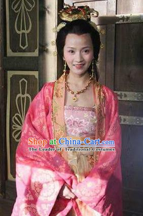 Chinese Ancient Tang Dynasty Princess Wencheng Embroidered Replica Costume for Women