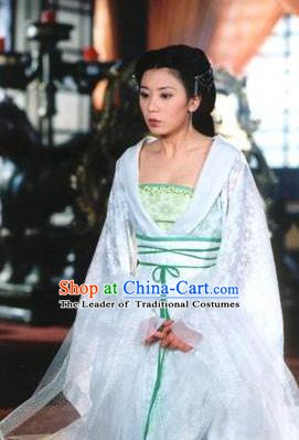 Chinese Ancient Tang Dynasty Imperial Consort Wu Meiniang Dress Embroidered Replica Costume for Women