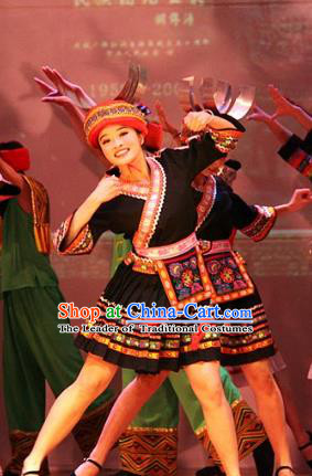Traditional Chinese Tujia Nationality Dance Costume, China Folk Dance Classical Dance Clothing for Women
