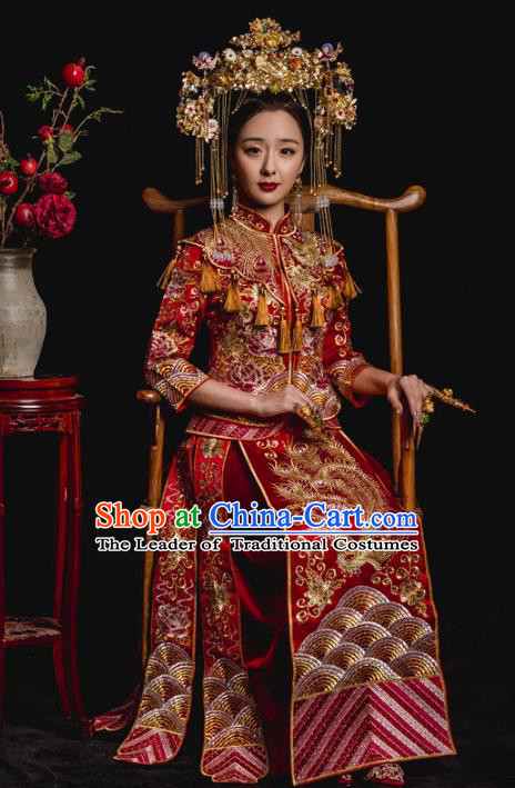 Chinese Ancient Wedding Costume Qing Dynasty Bride Embroidery Toast Clothing, Traditional Delicate Embroidered Red Xiuhe Suits for Women