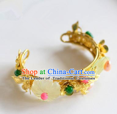 Top Grade Handmade Jewelry Accessories Chinese Ancient Bride Golden Bracelet Hanfu Bangle for Women