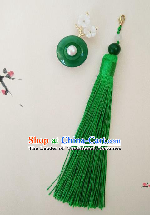 Chinese Ancient Handmade Brooch Jewelry Accessories Green Tassel Peace Buckle Breastpin for Women